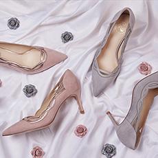 Pinky Promise 镂空花纹尖头百搭高跟鞋 麂皮羊皮
