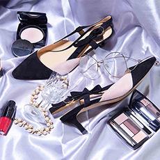 Caroline 粉色拼黑色麂皮百搭舒适中跟鞋