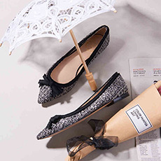 Bella 蝴蝶结双色尖头羊皮平底鞋