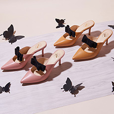 牛仔裤的夏天 蝴蝶结羊皮麂皮细跟鞋