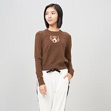圆领泰迪熊刺绣女羊绒衫 E276A0168
