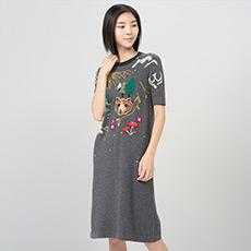 圆领装饰半袖羊绒女连衣裙 E276A6008