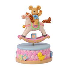 小熊骑木马纯真童年摇摇乐音乐盒