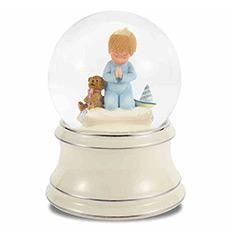 祈祷男孩水晶球音乐盒
