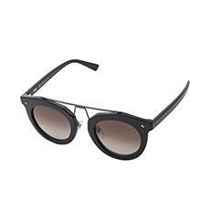 黑色镜框独特中梁设计太阳镜